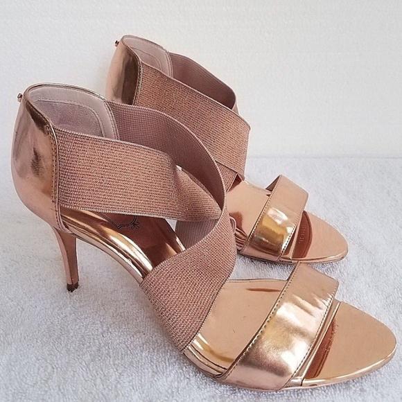 52623ef78e6325 TED BAKER Leniya Rose Gold Leather Sandal Sz 8 NEW.  M 5b56a4e1aa877078ef8cc279